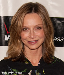 http://www.latest-hairstyles.com/images/calista-flockhart-hairstyle.jpg