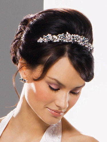 wedding veils and wedding tiaras