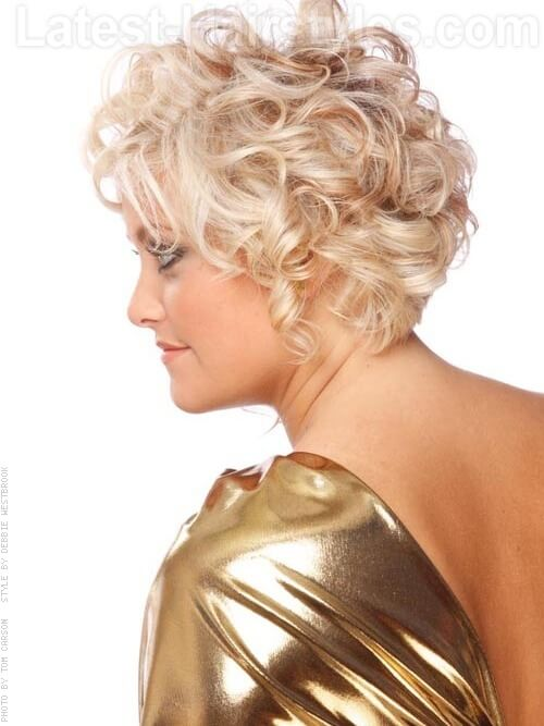 Medium Curly Hairstyles - How To Get Stunning Medium-Length Curly Hair