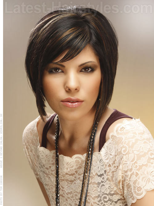 Latest Hair Do : 10 Medium Length Bob Hairstyles You Must Try - Tresses That Impress!