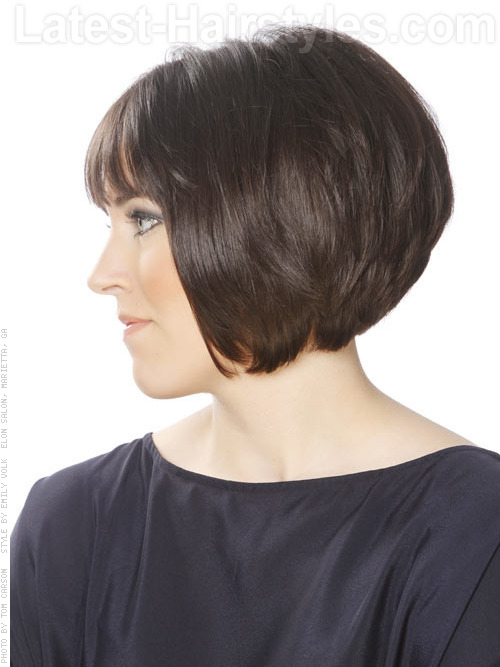short bob hairstyle with stacked layers side view