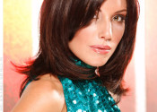 daring-diva-smooth-brunette-medium-layered-style
