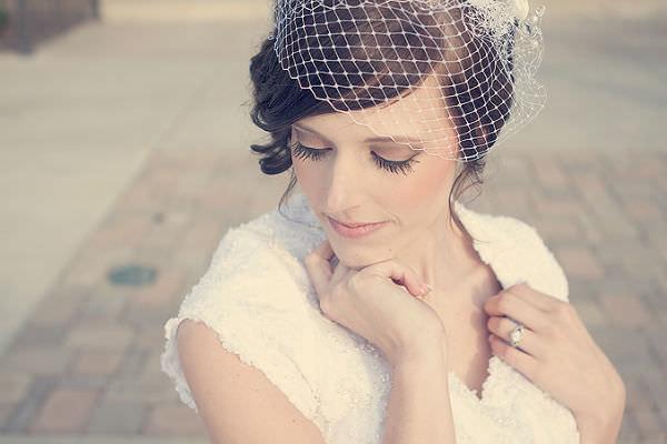 10 Beautiful Bridal Hair Accessory Ideas