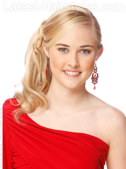 Light blonde hair color with ponytail