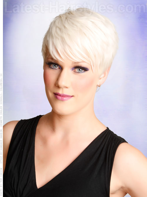 Platinum Ice Smooth Side Parted Pixie