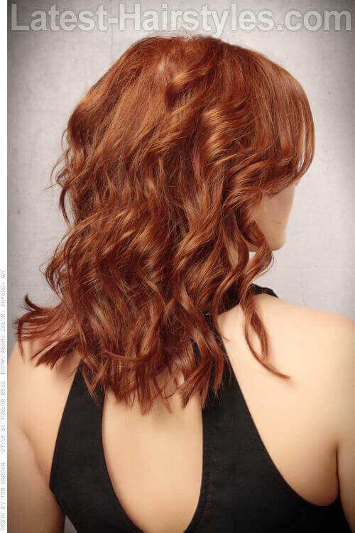 Relaxed Wavy Hairstyle with Waves Back View