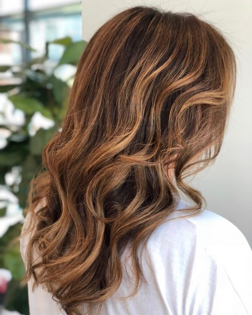 35 Best Caramel Highlights For Every Hair Color