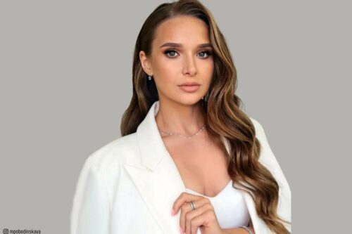 18 Stunning Curly Prom Hairstyles For 2019 Updos Down
