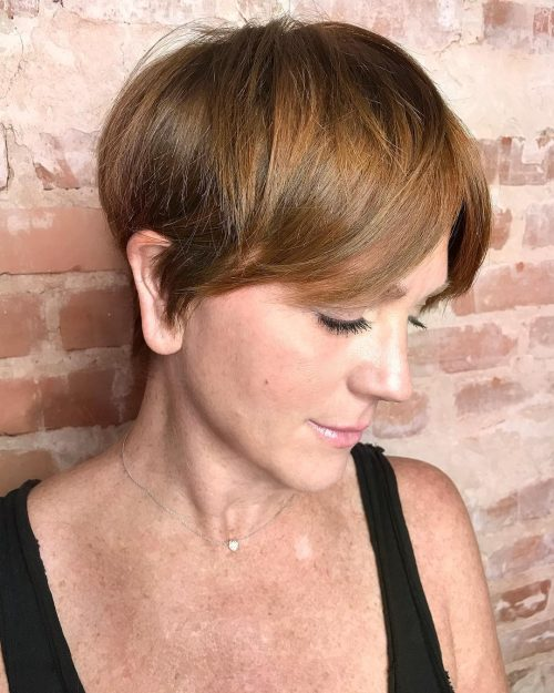 19 Most Flattering Hairstyles for Women Over 40 in 2019