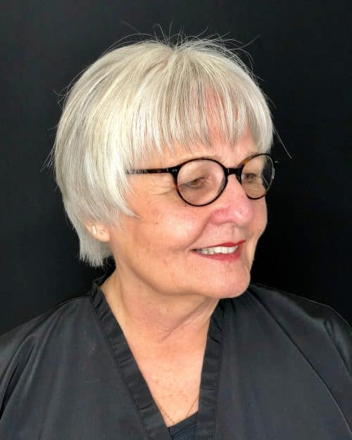 Short Hairstyles for Women Over 50 With Glasses 16 Stylish