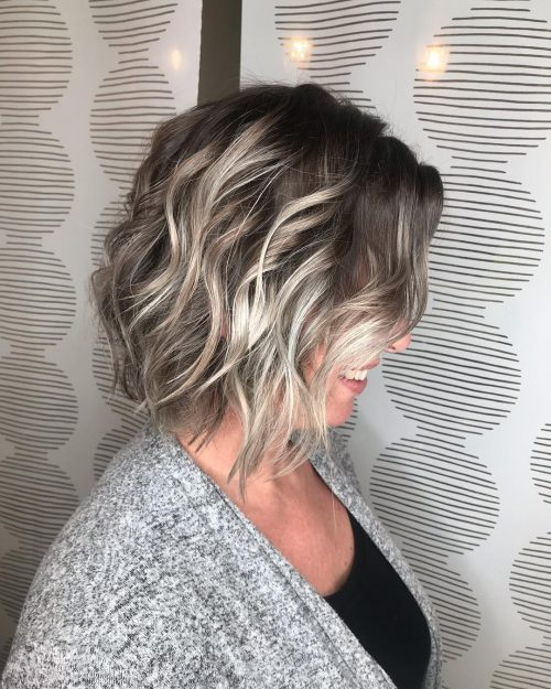 17 Stunning Dark Brown Hair With Blonde Highlights 2019
